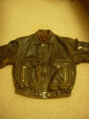 Продается мужская кожанная куртка